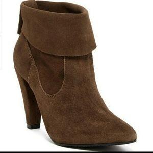 SCHUTZ dayla suede booties aloe brown heel boots